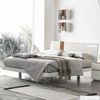 tablet_bed2
