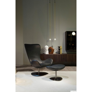 wing-armchair-salone-h
